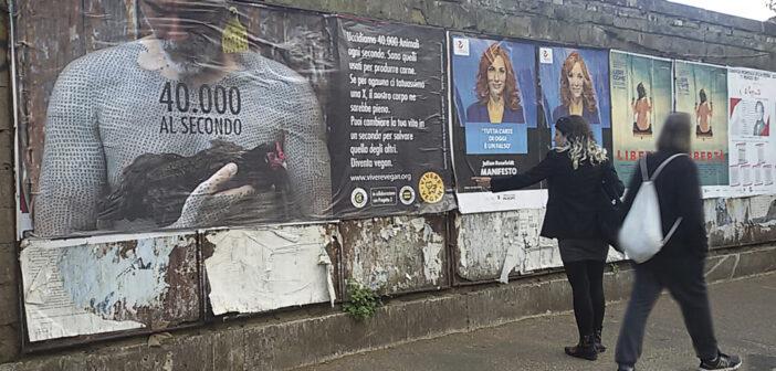 Grandi manifesti antispecisti affissi a Roma