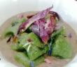 gnocchi di spinaci su vellutata di verdure